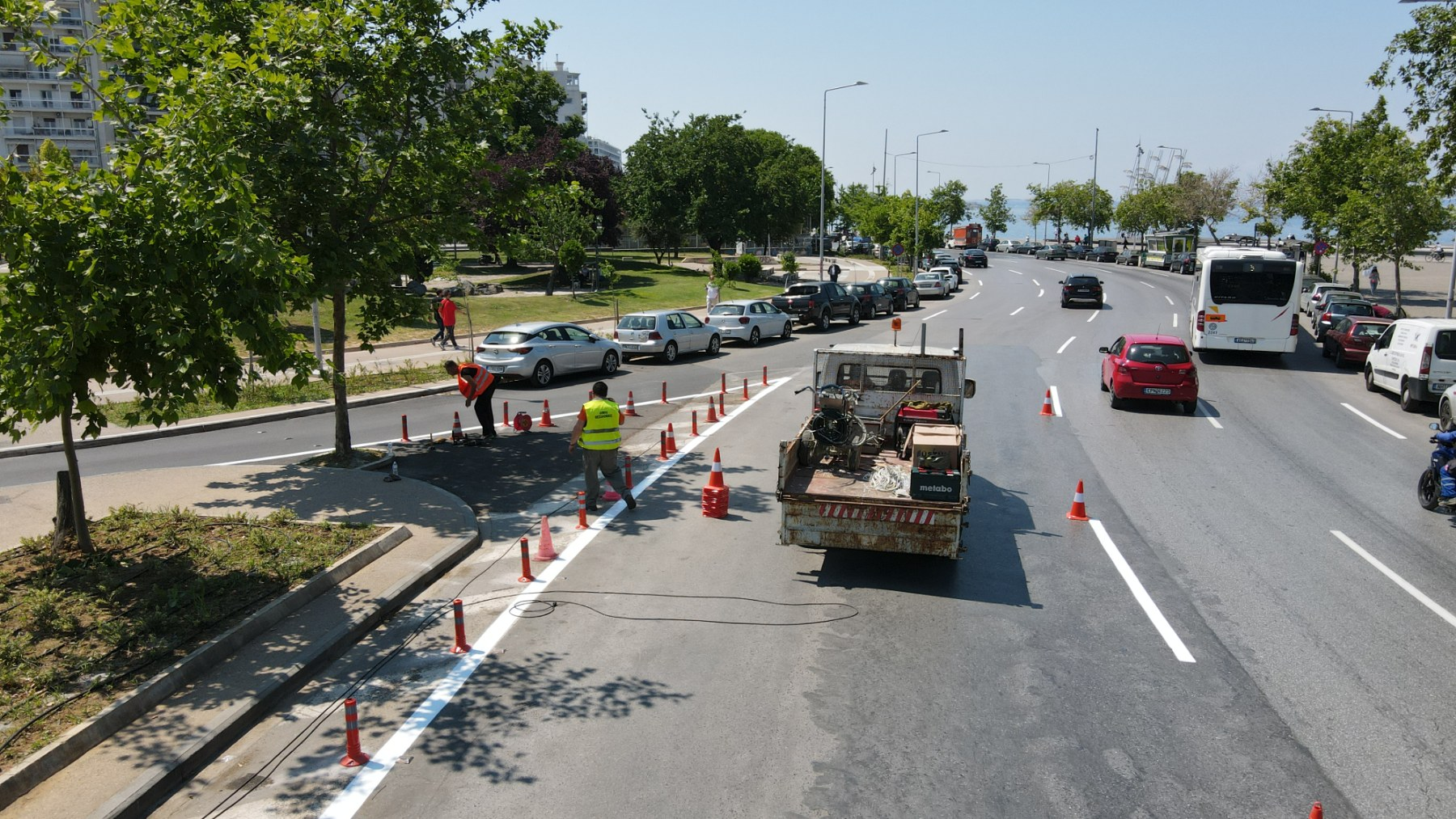 Δ. Θεσσαλονίκης: Νέες διαγραμμίσεις σε κεντρικούς δρόμους της πόλης – Επιθεώρηση Ζέρβα (φωτο & video)