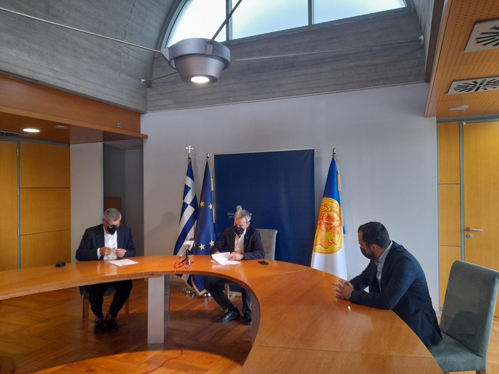 Υπογράφηκε η σύμβαση για το έργο της ενεργειακής αναβάθμισης του σχολικού συγκροτήματος της οδού Κλεάνθους