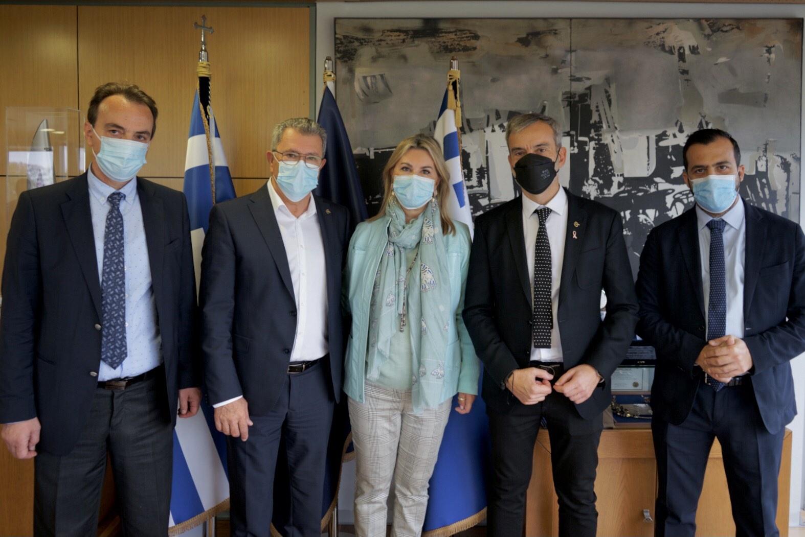 Συνάντηση του Δημάρχου Θεσσαλονίκης Κωνσταντίνου Ζέρβα με την Υφυπουργό Παιδείας και Θρησκευμάτων  Ζέττα Μακρή