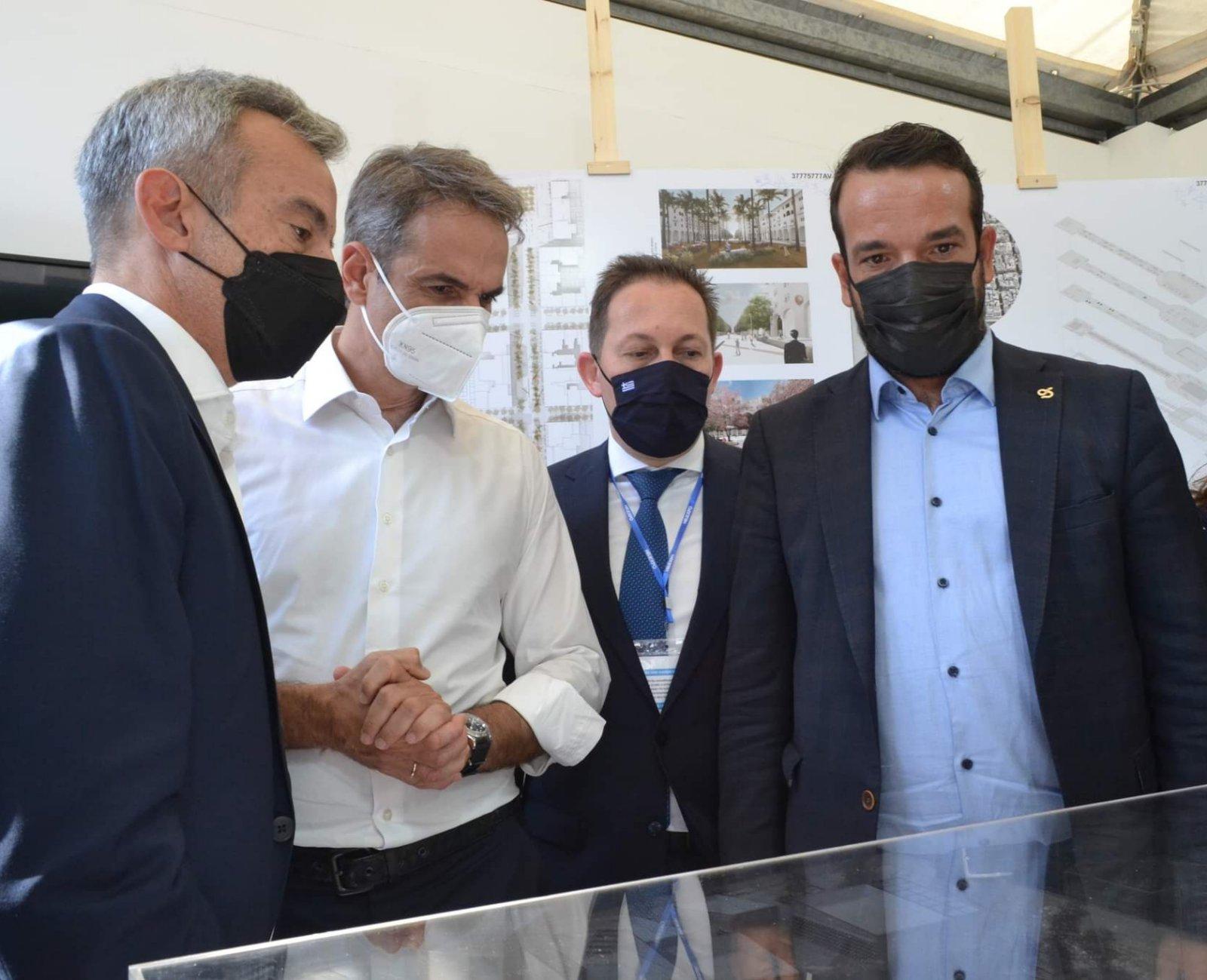 Ο Πρωθυπουργός Κ. Μητσοτάκης στο περίπτερο του Δήμου Θεσσαλονίκης στην 85η ΔΕΘ