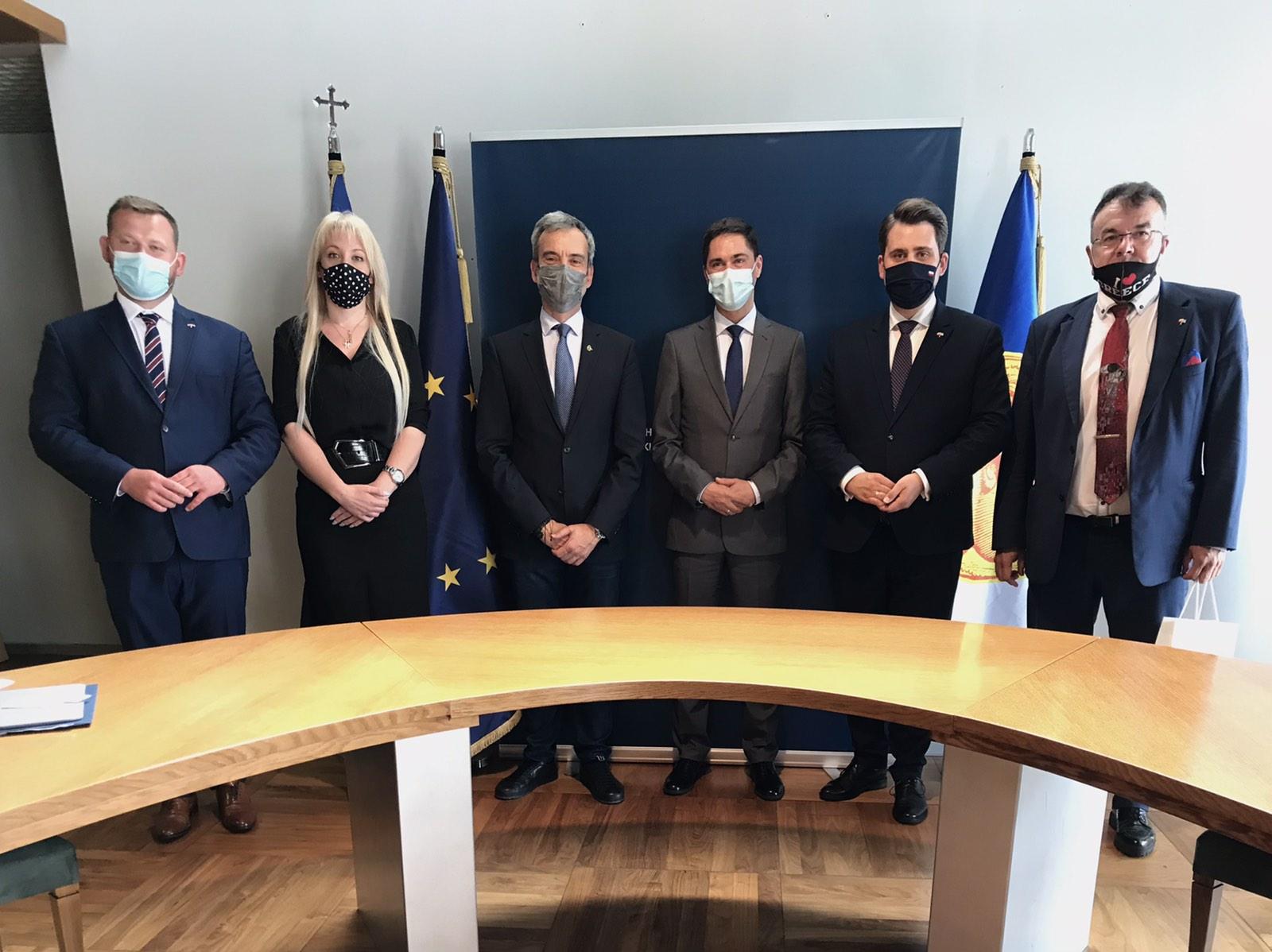 Συνάντηση του Δημάρχου Θεσσαλονίκης Κωνσταντίνου Ζέρβα με τον Πρέσβη της Πολωνίας Artur Lompart