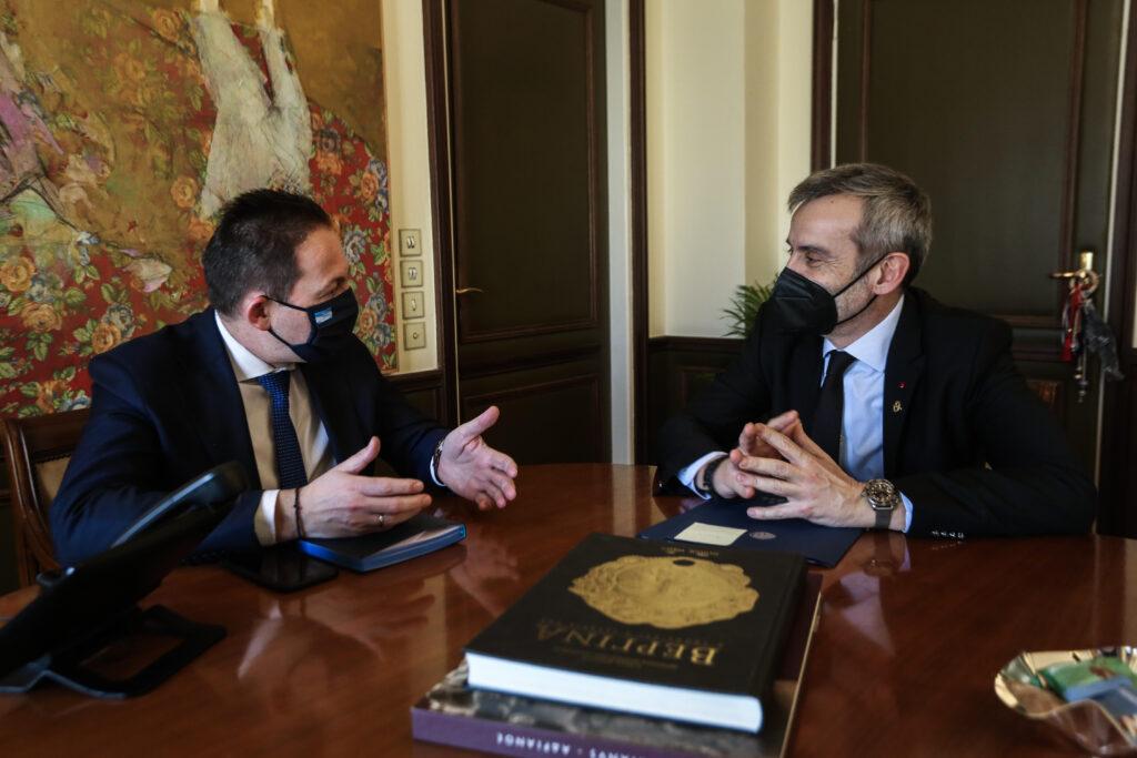 Συνάντηση του Δημάρχου Θεσσαλονίκης Κ. Ζέρβα με τον Αναπληρωτή Υπουργό Εσωτερικών, αρμόδιο για θέματα Αυτοδιοίκησης, Στ. Πέτσα